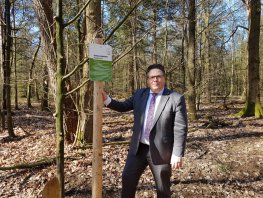 Wildkijkscherm geopend in bosgebied Het Ruige Veld, Ermelo